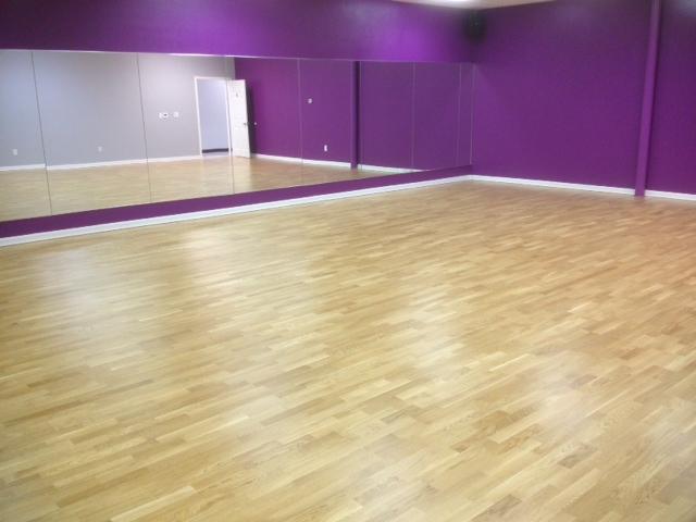 Oak - Sprung floor w Hardwood - Katy Elite Studios, TX